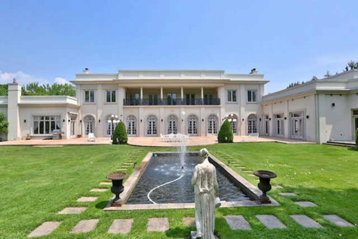 Ex Dragon Den star selling 20 million Toronto mansion