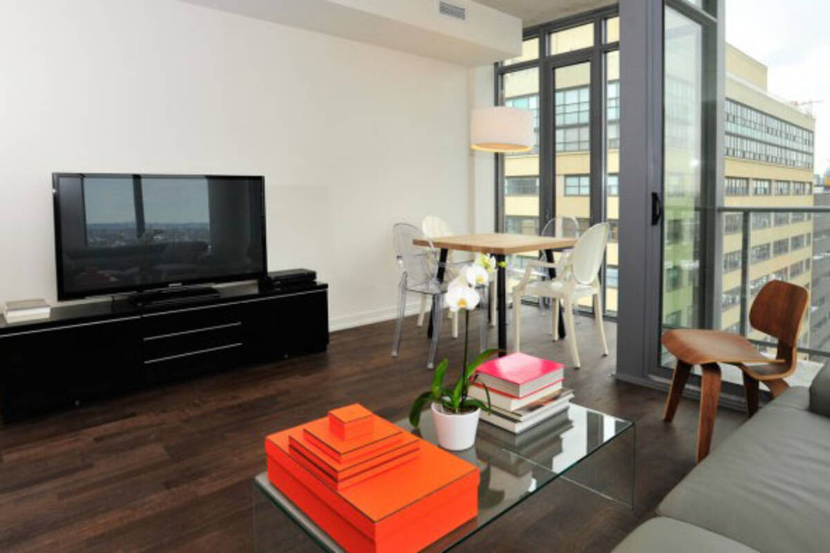 The top 10 furnished apartments in toronto for Furnished apartments