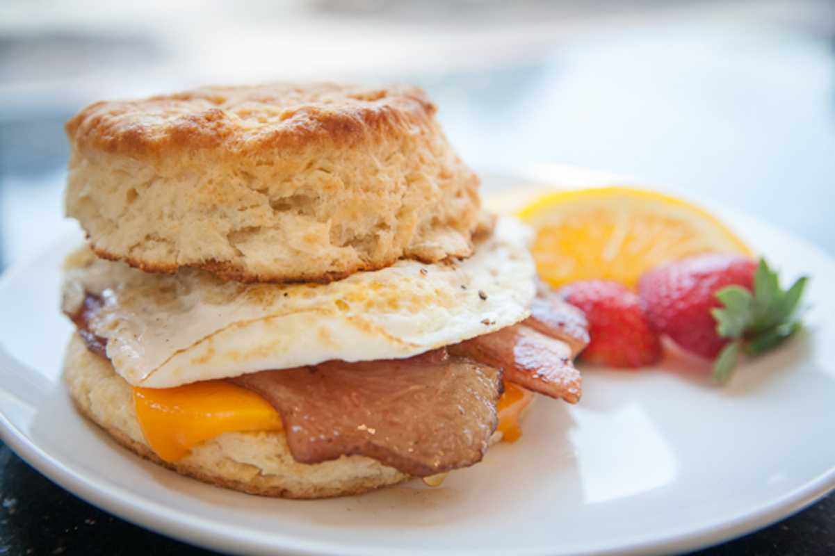 breakfast sandwiches toronto