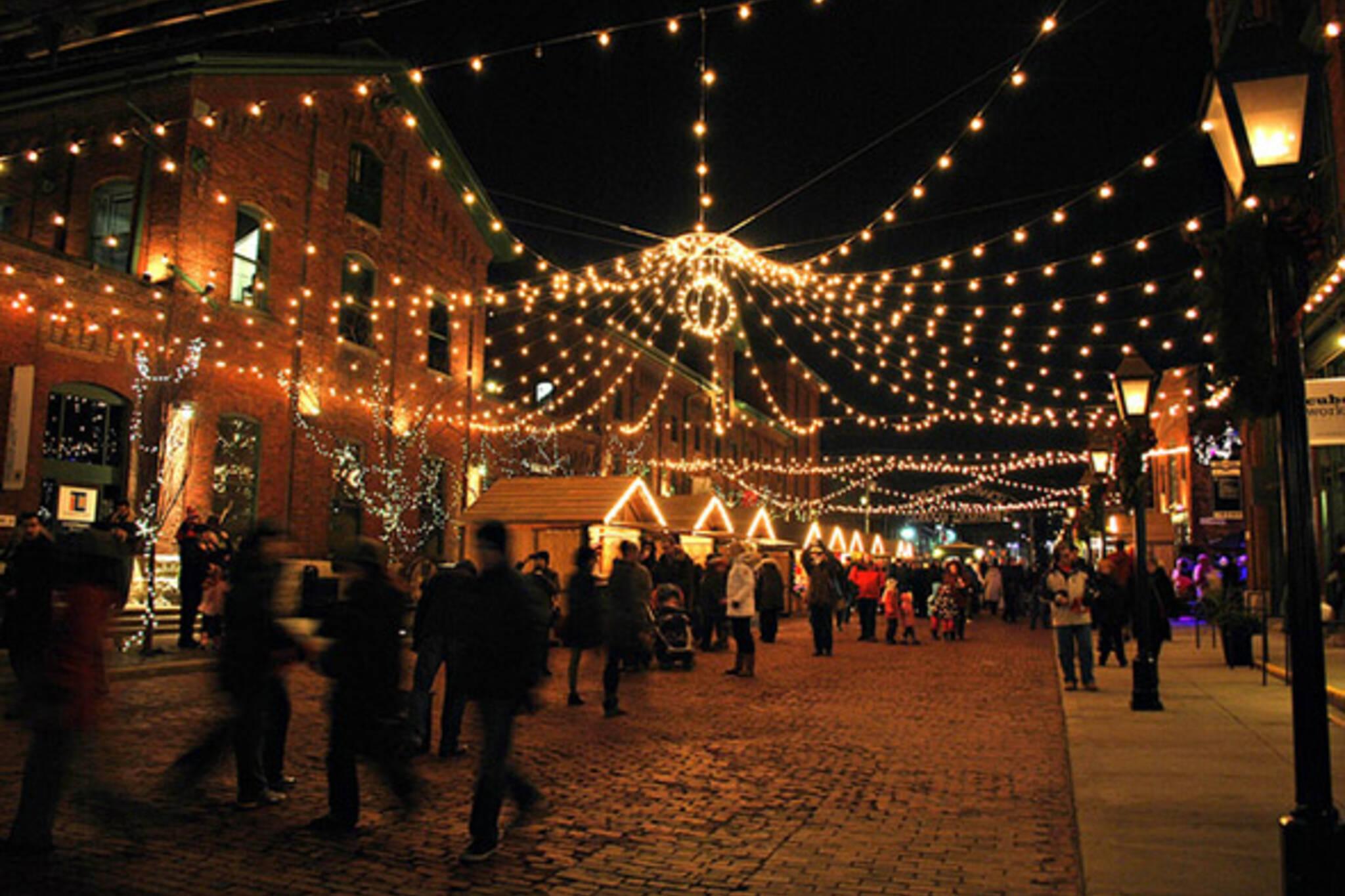 distillery, christmas, market