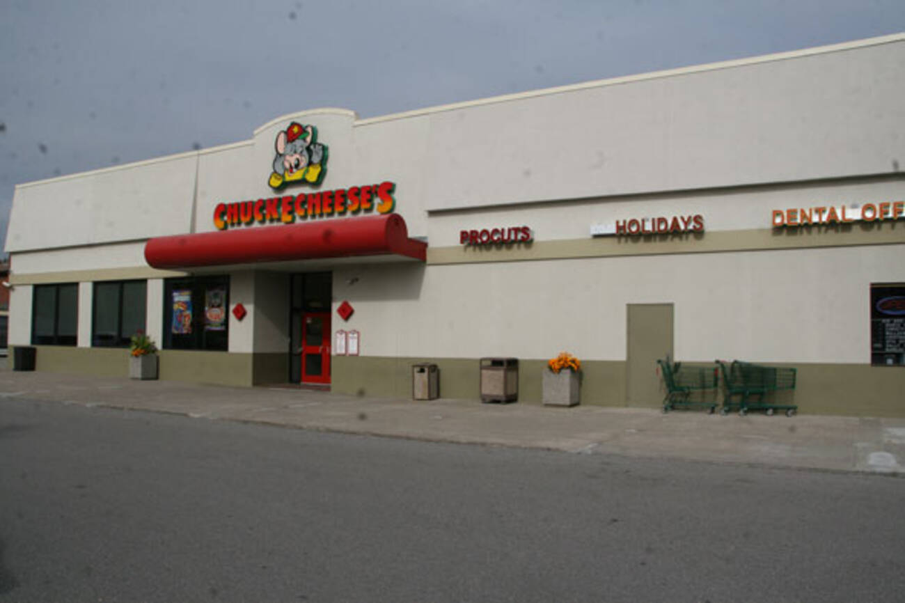 Chuck E Cheese's, Toronto: See 17 unbiased reviews of Chuck E Cheese's, rated of 5 on TripAdvisor and ranked #5, of 7, restaurants in Toronto/5(17).