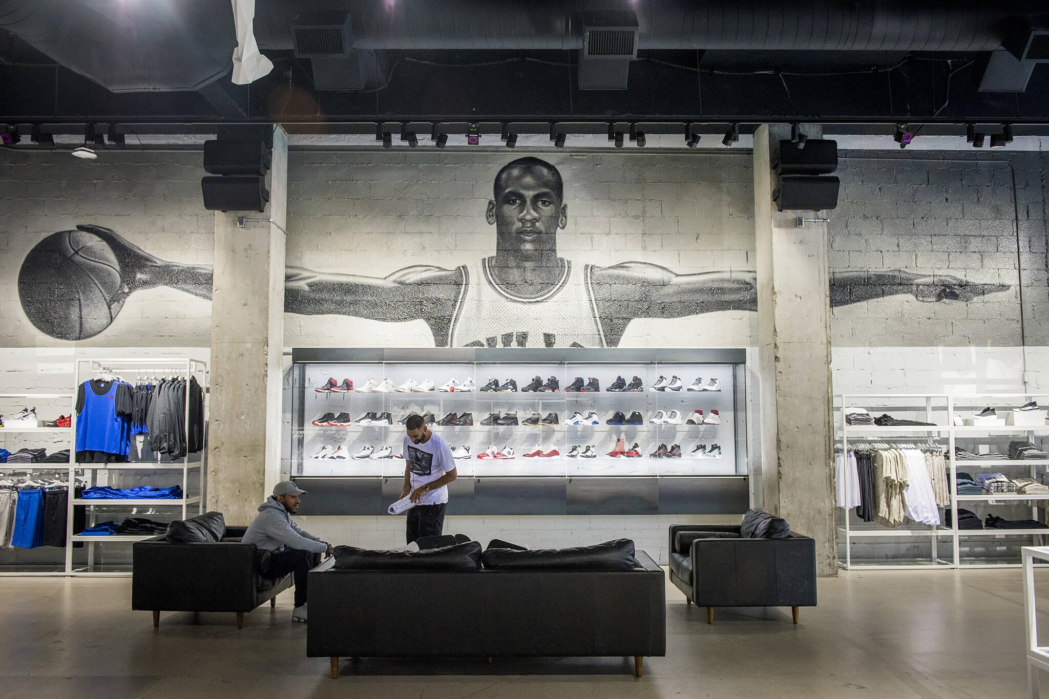 Air jordan store toronto blogto toronto for Nike jordan shop