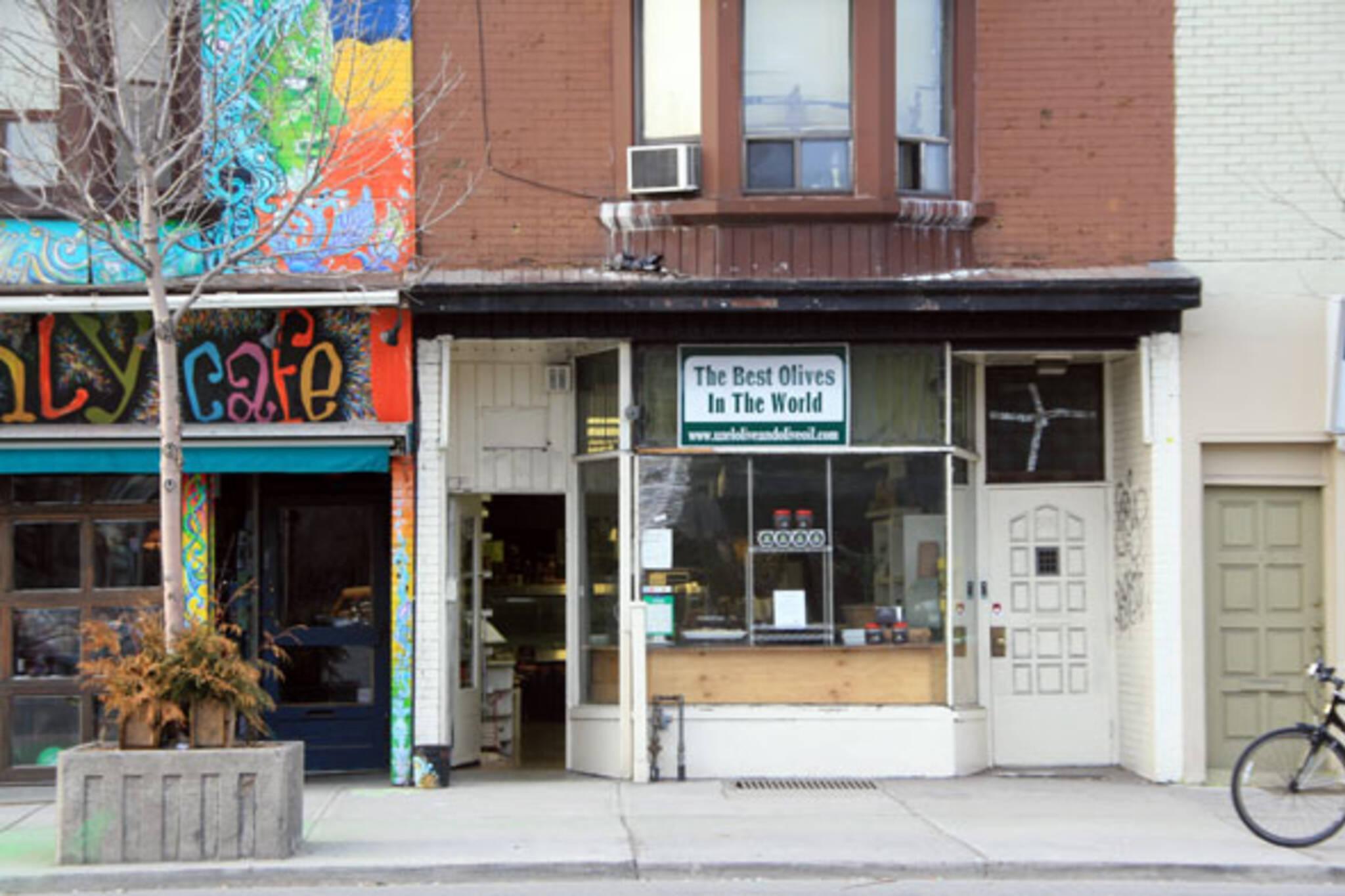 Uzel Olives Toronto