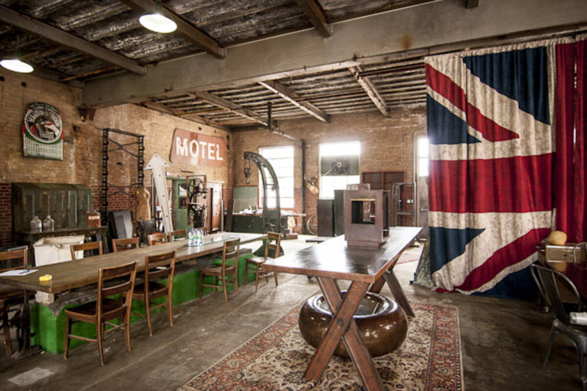 metropolis factory. Black Bedroom Furniture Sets. Home Design Ideas