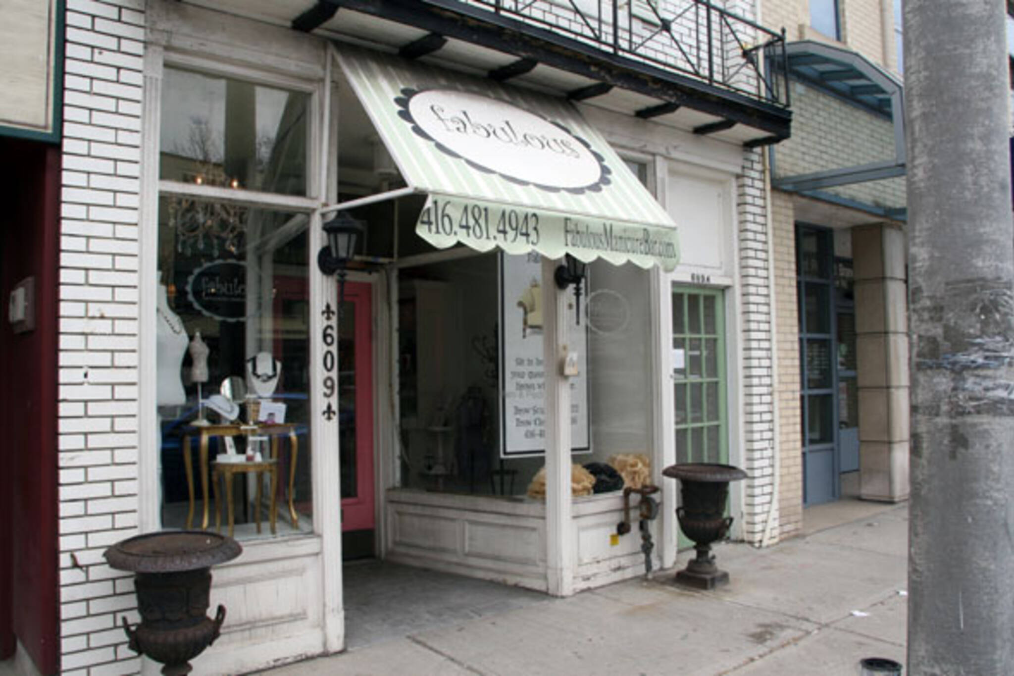 Fabulous Manicure Bar Toronto