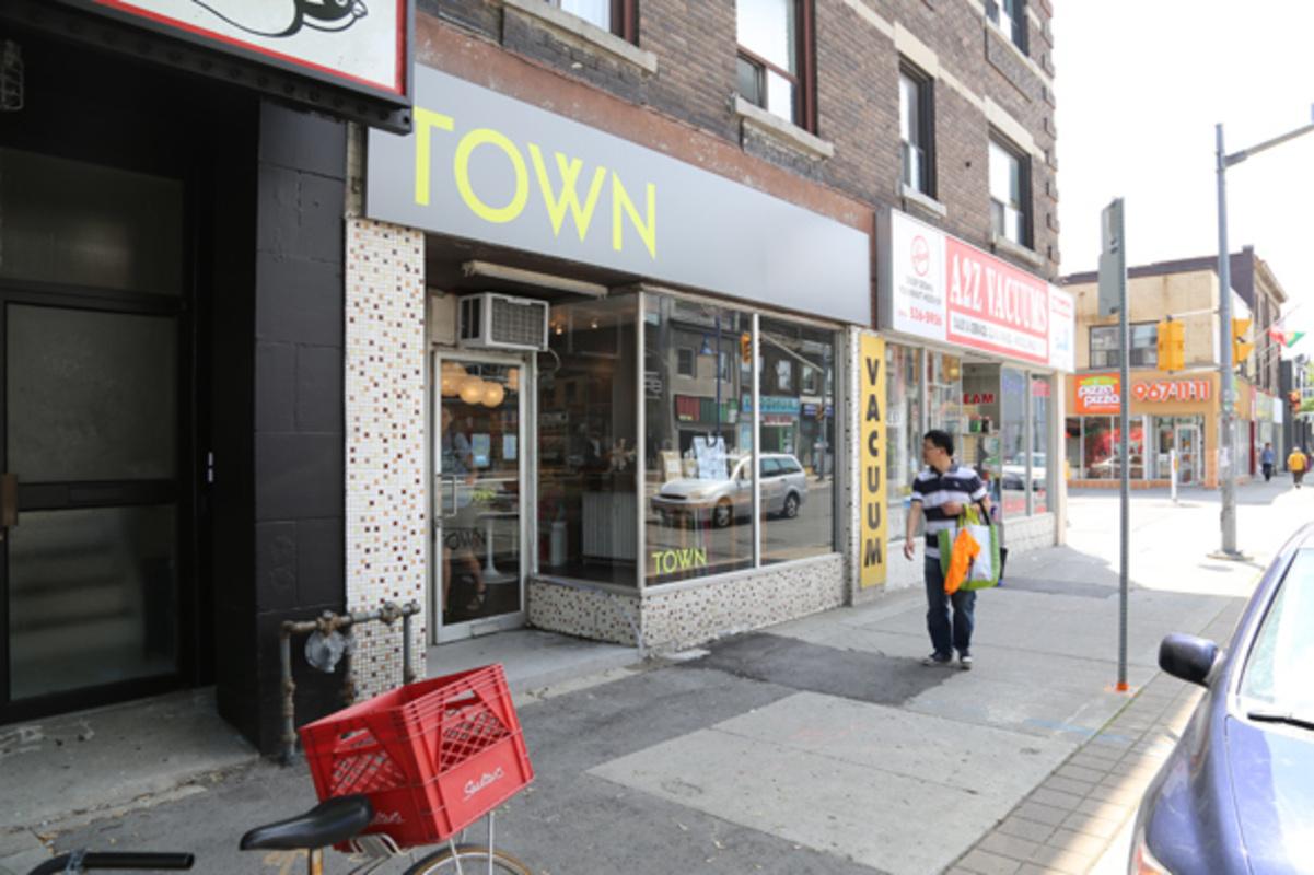 Town Cards Toronto