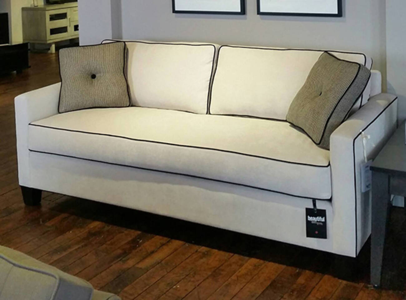 Barrymore furniture blogto toronto for Q furniture toronto