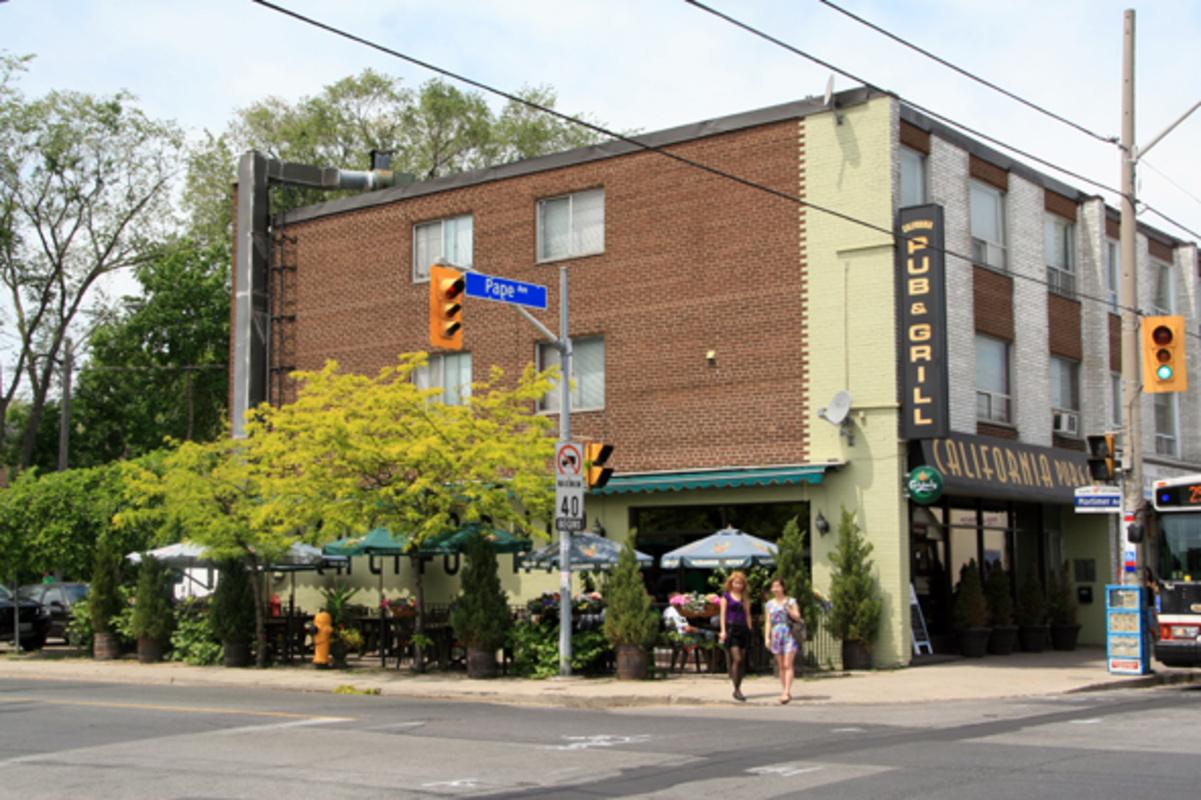 California Pub and Grill