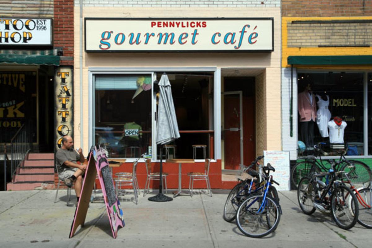 Pennylicks Gourmet Cafe