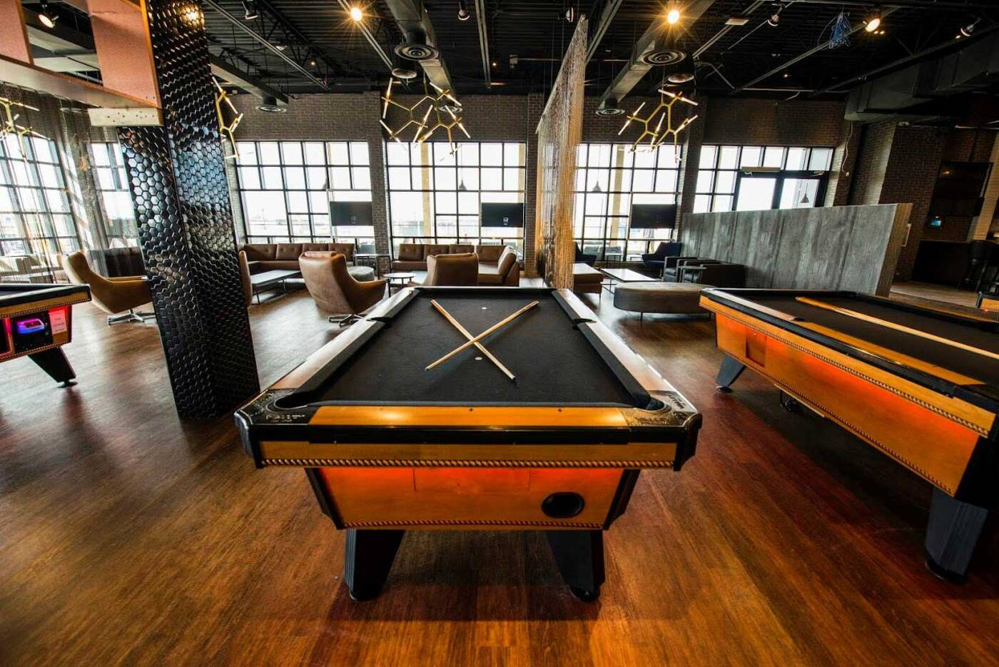 Cineplex opening massive gaming and sports bar in Toronto ...