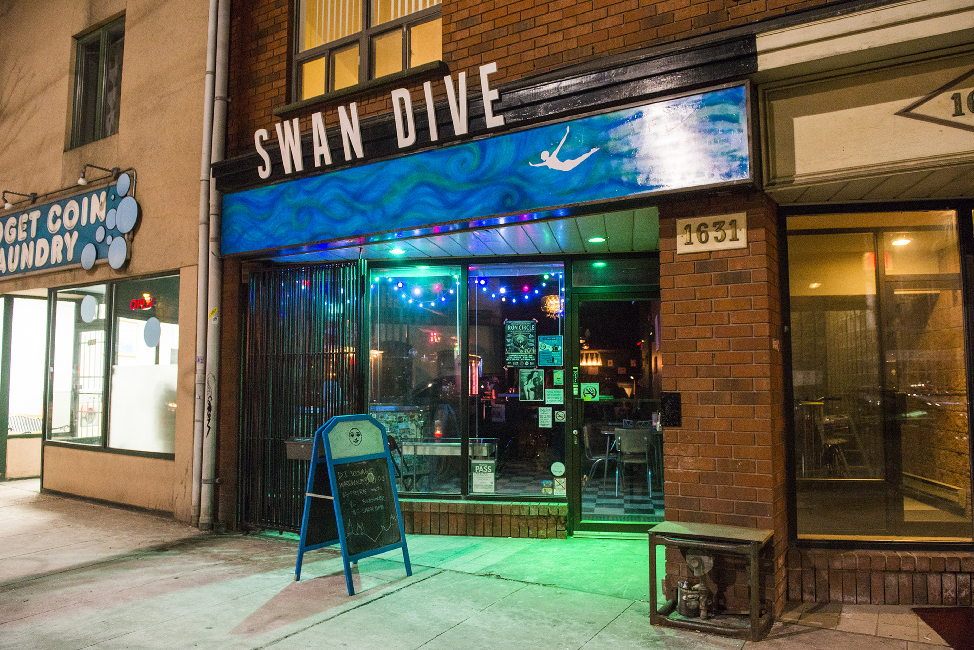 Swan Dive Toronto