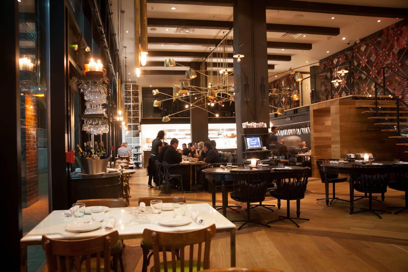 Queen St W Restaurants