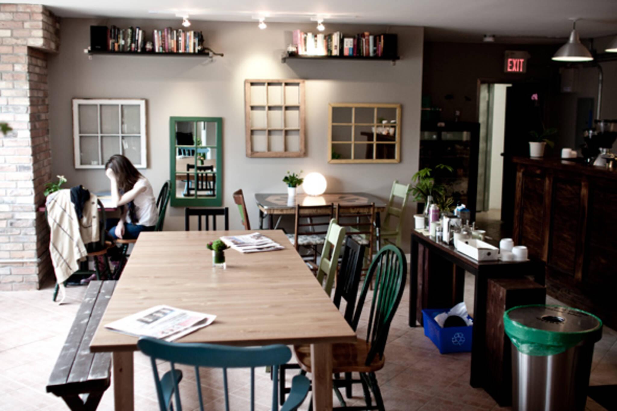 Cafe dundas west