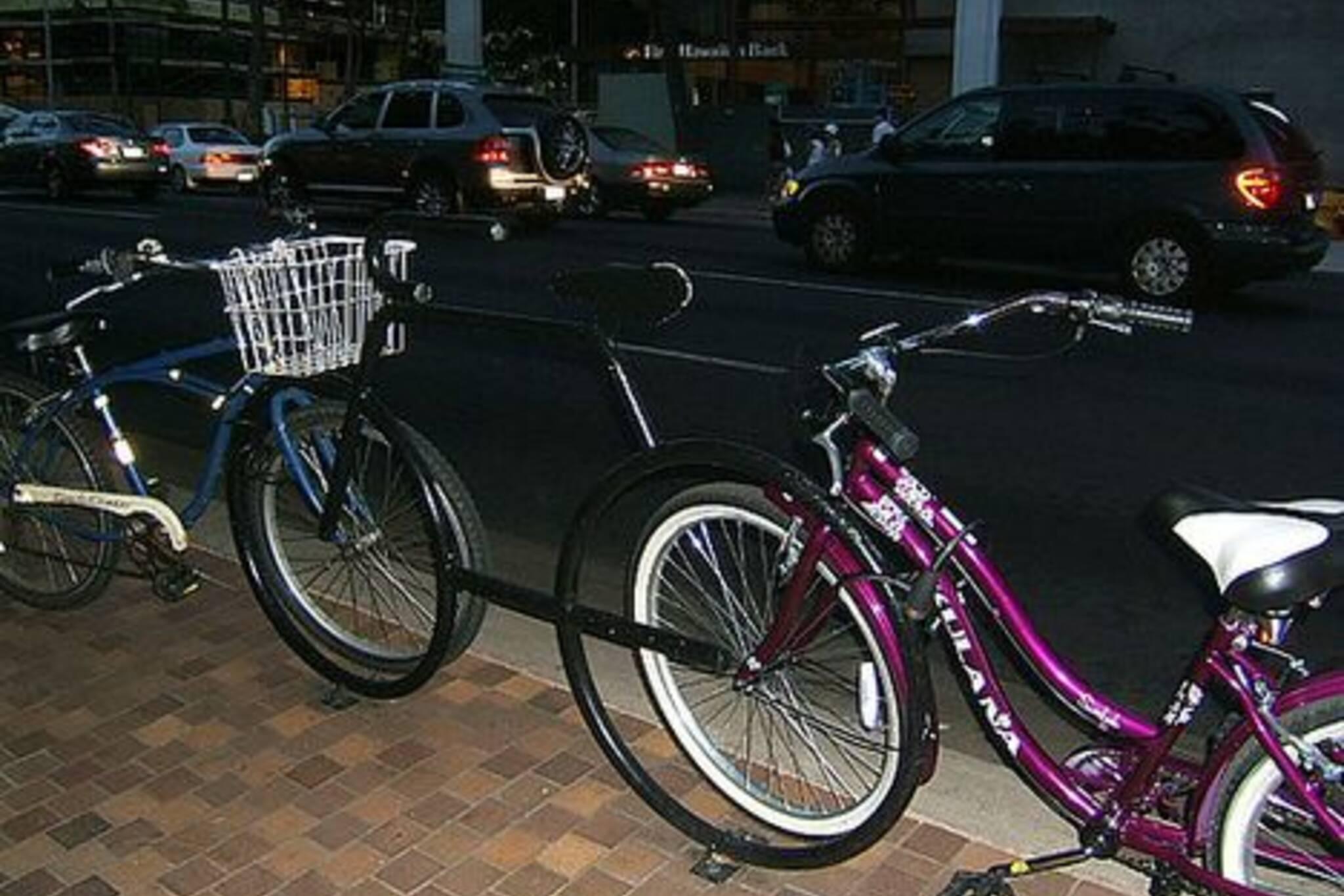 sep1106_bikerack.jpg