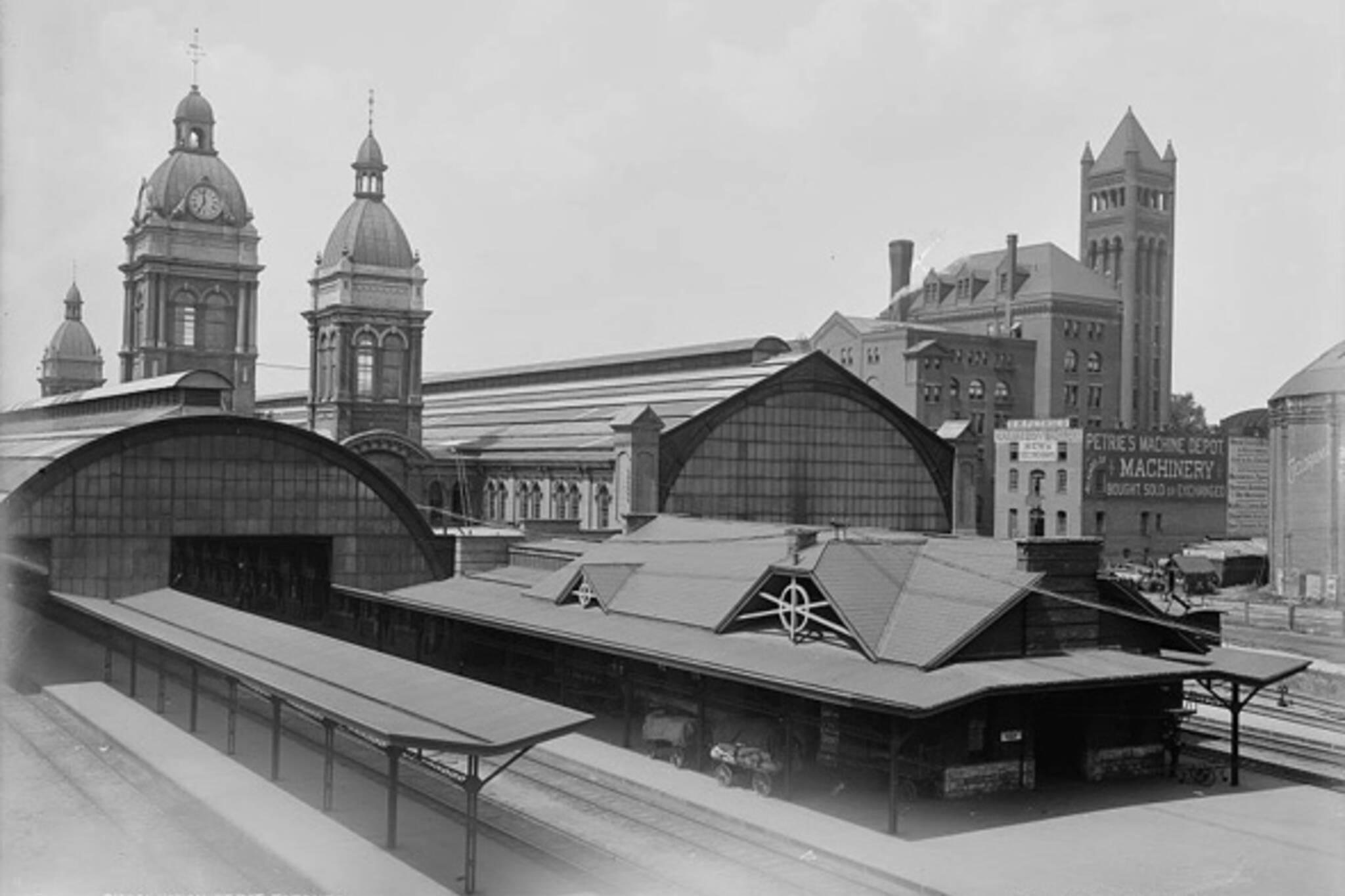Lost train station Toronto