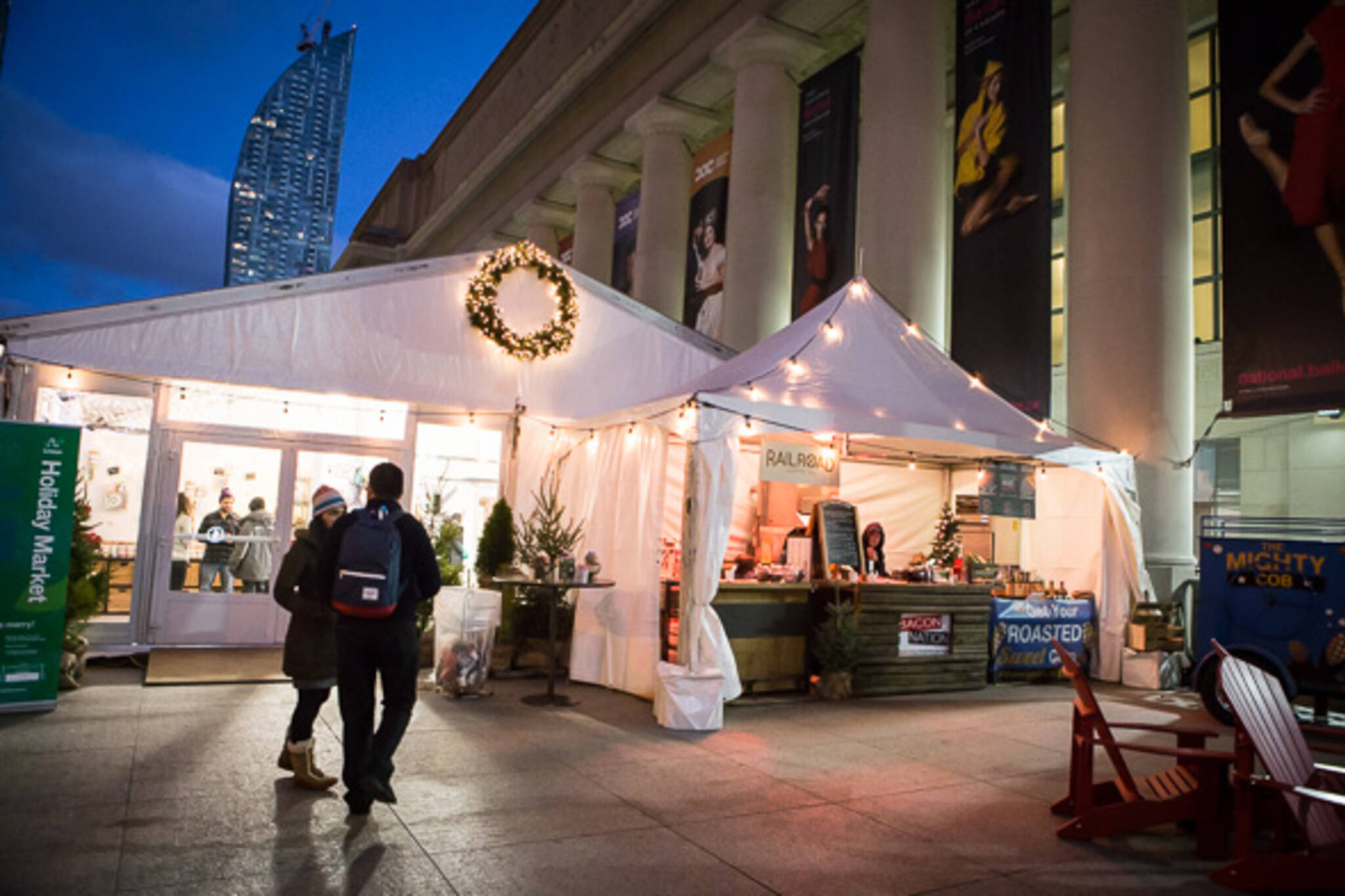 union station holiday market