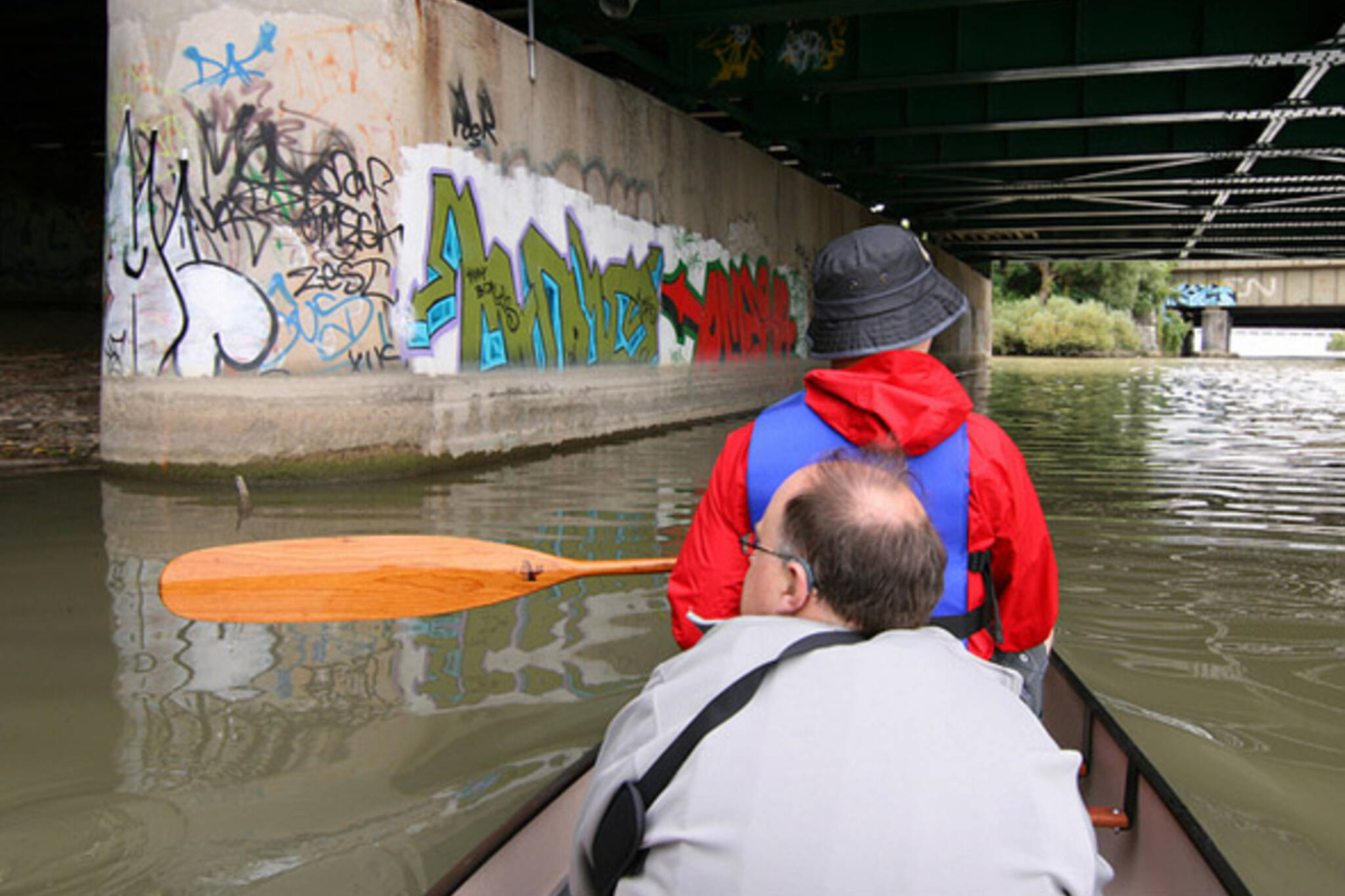 graffiti, paddle, canoe