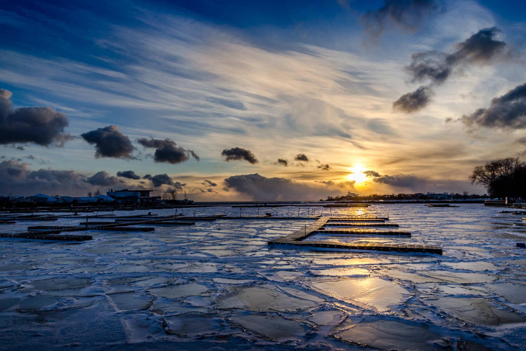 lake ontario ice
