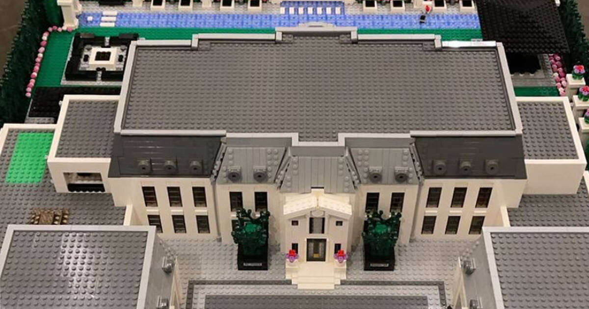 Drake has a LEGO version of his Toronto mansion and it's ...