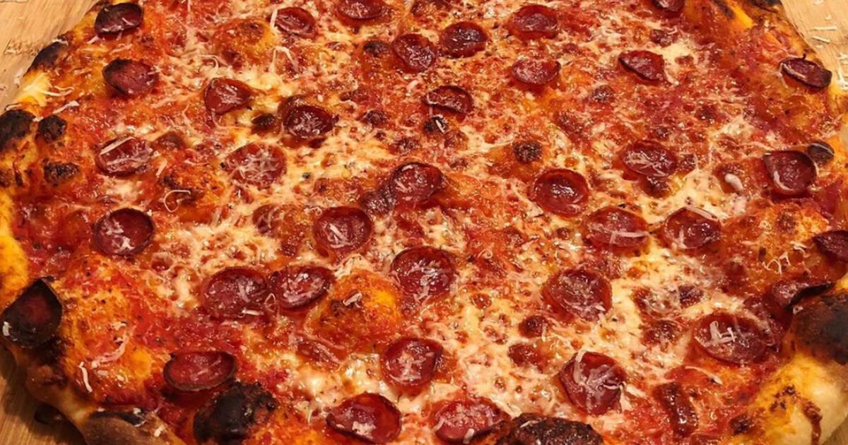 トロントの秘密のピザ店がついに実店舗を開設します