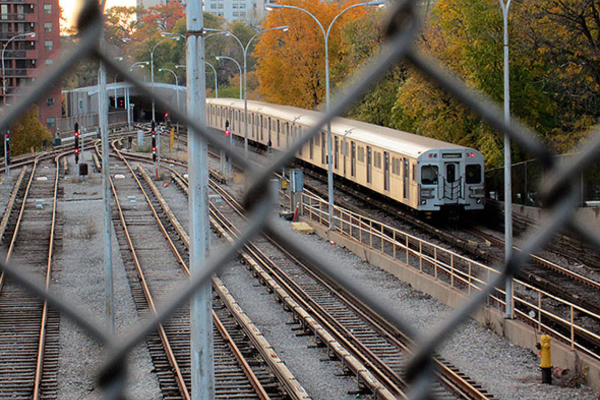 subway, fenced, ttc