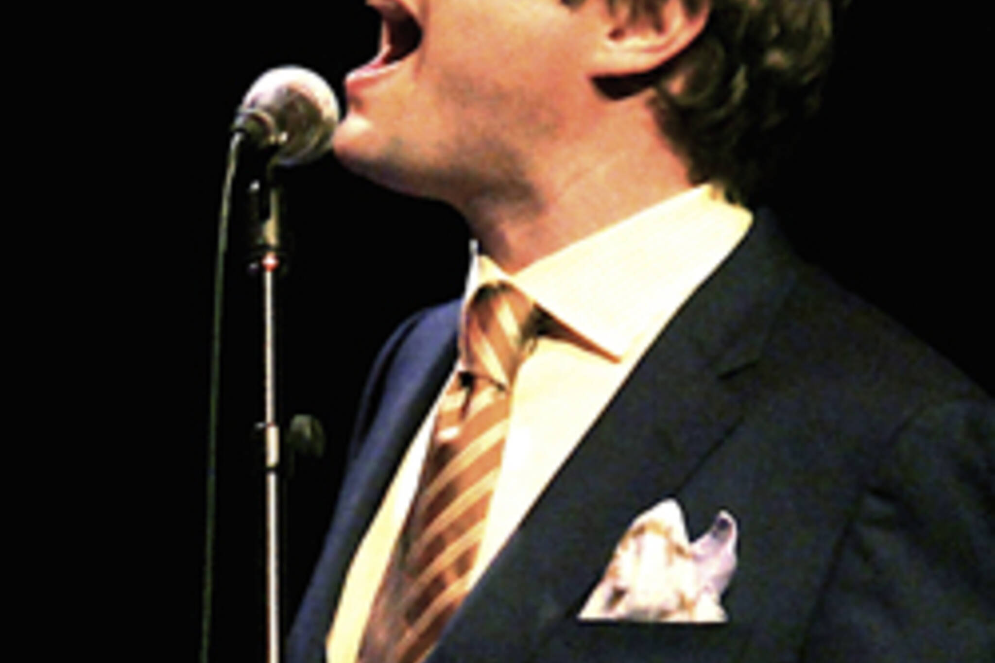 Steven Page of The Barenaked Ladies sings with The Art of Time Ensemble in Toronto