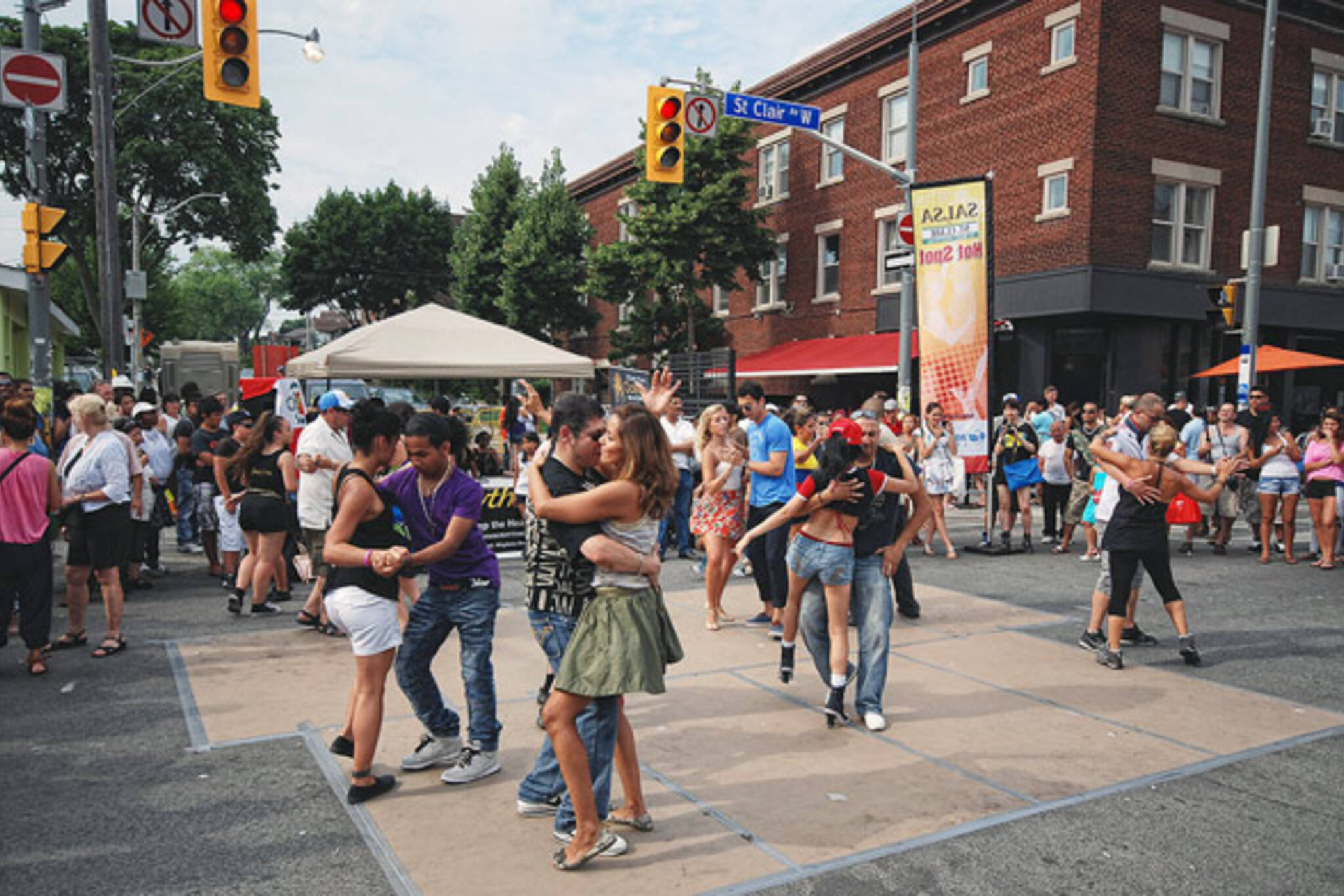 Salsa on St Clair