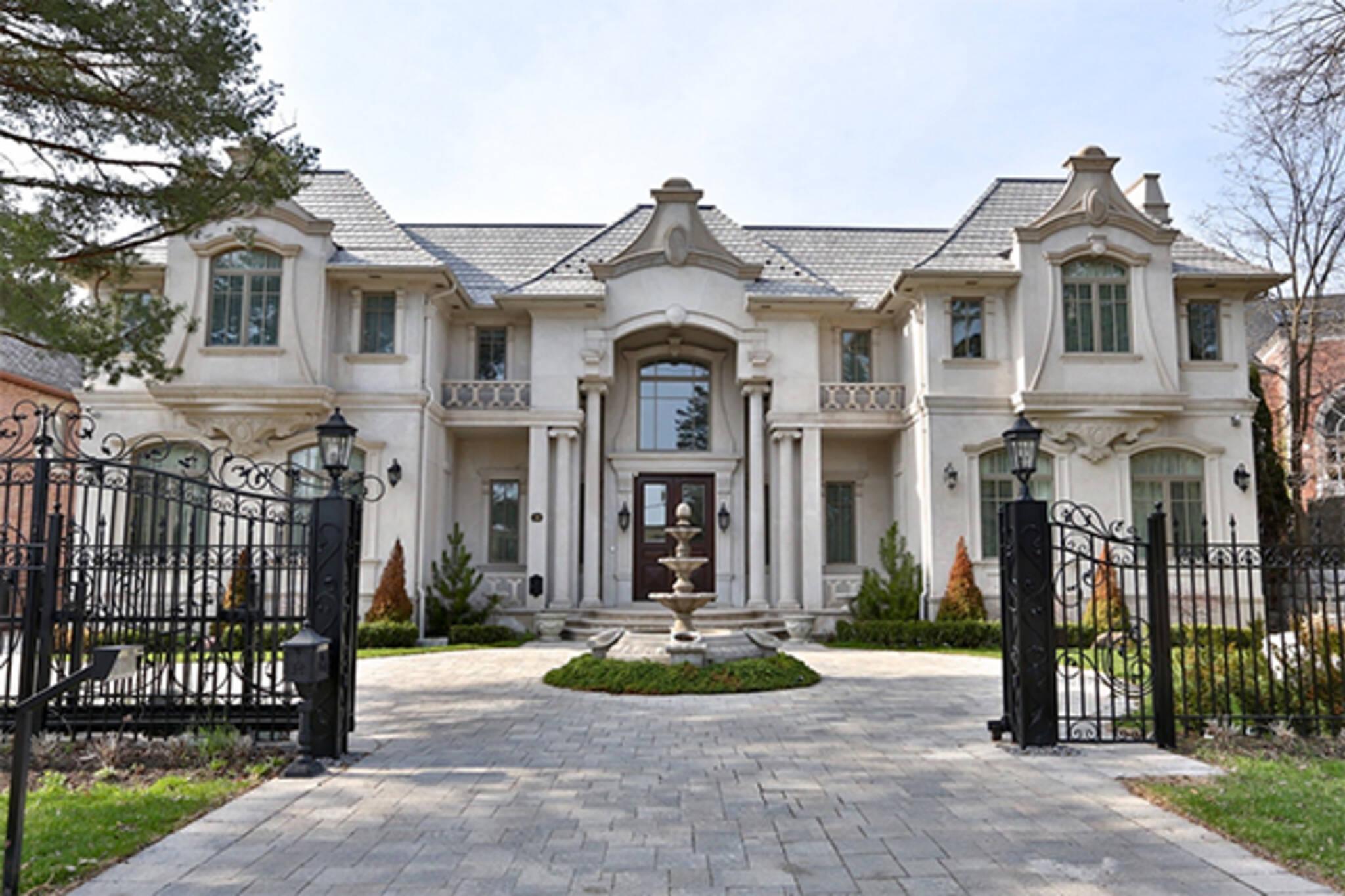 luxury real estate toronto