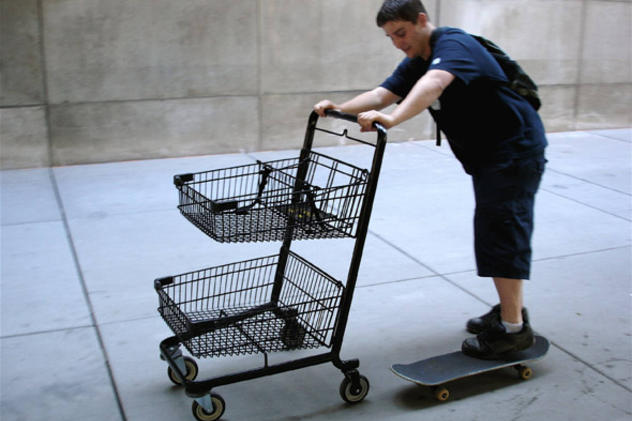 Idiotarod shopping cart race practice