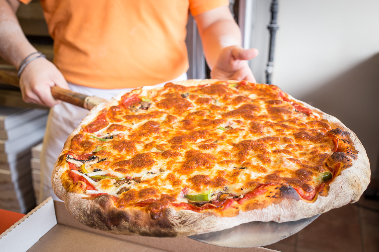 The top 10 old school pizza in Toronto