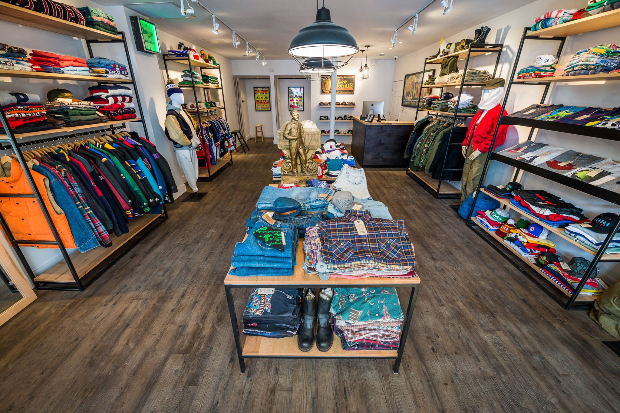 the best vintage clothing stores in toronto