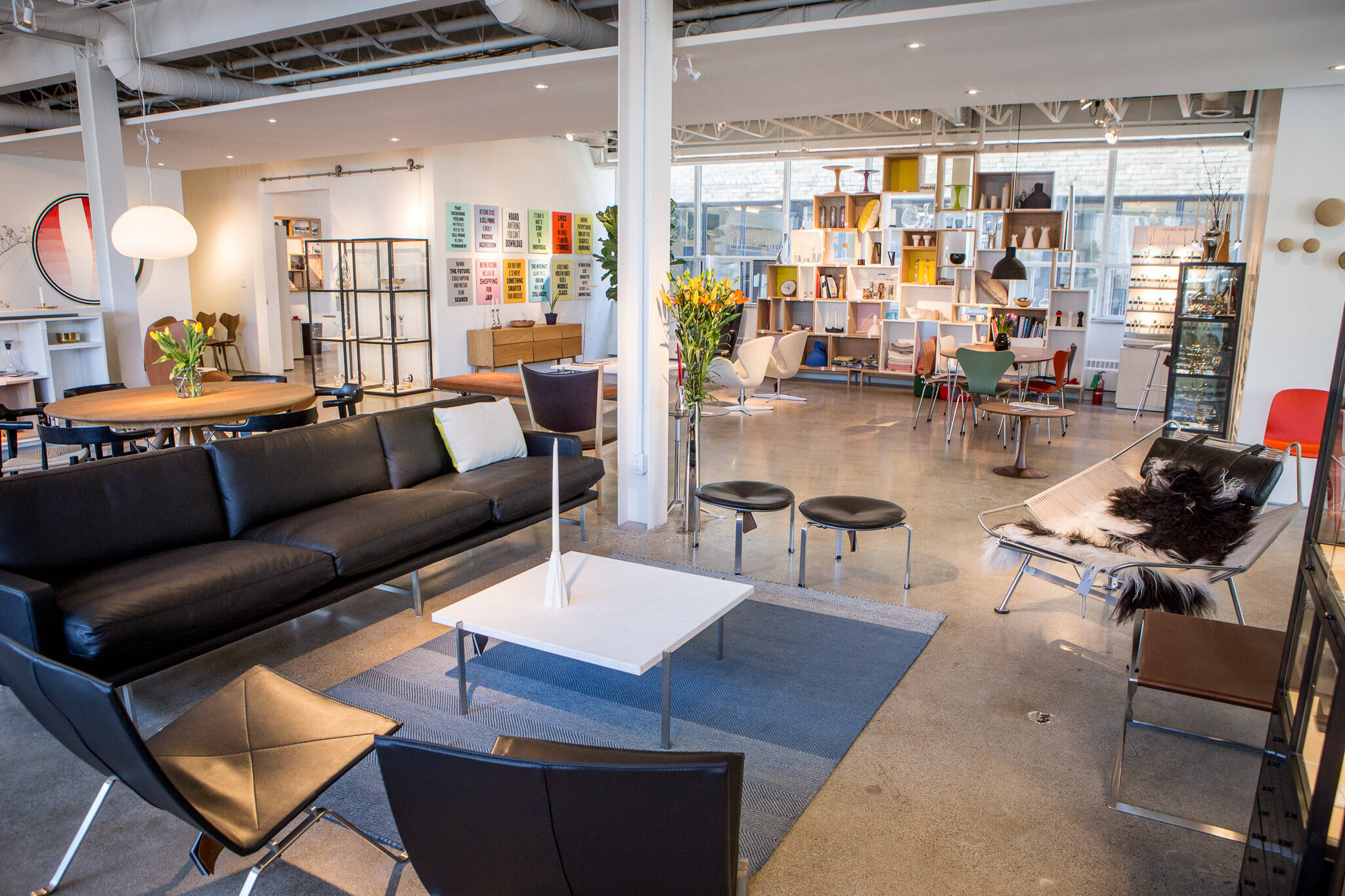 furniture stores toronto