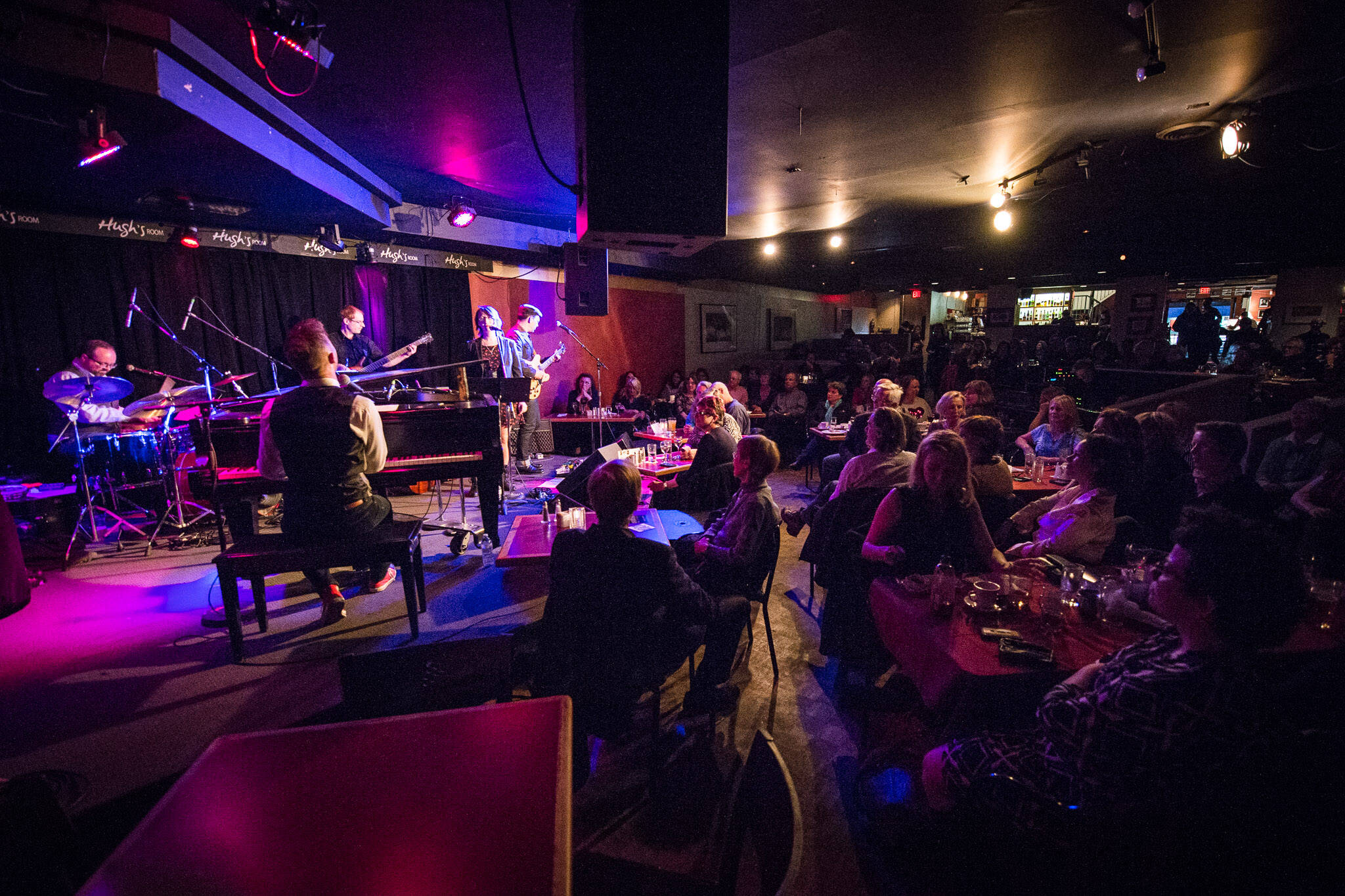 The Top 5 Restaurants For Live Music In Toronto