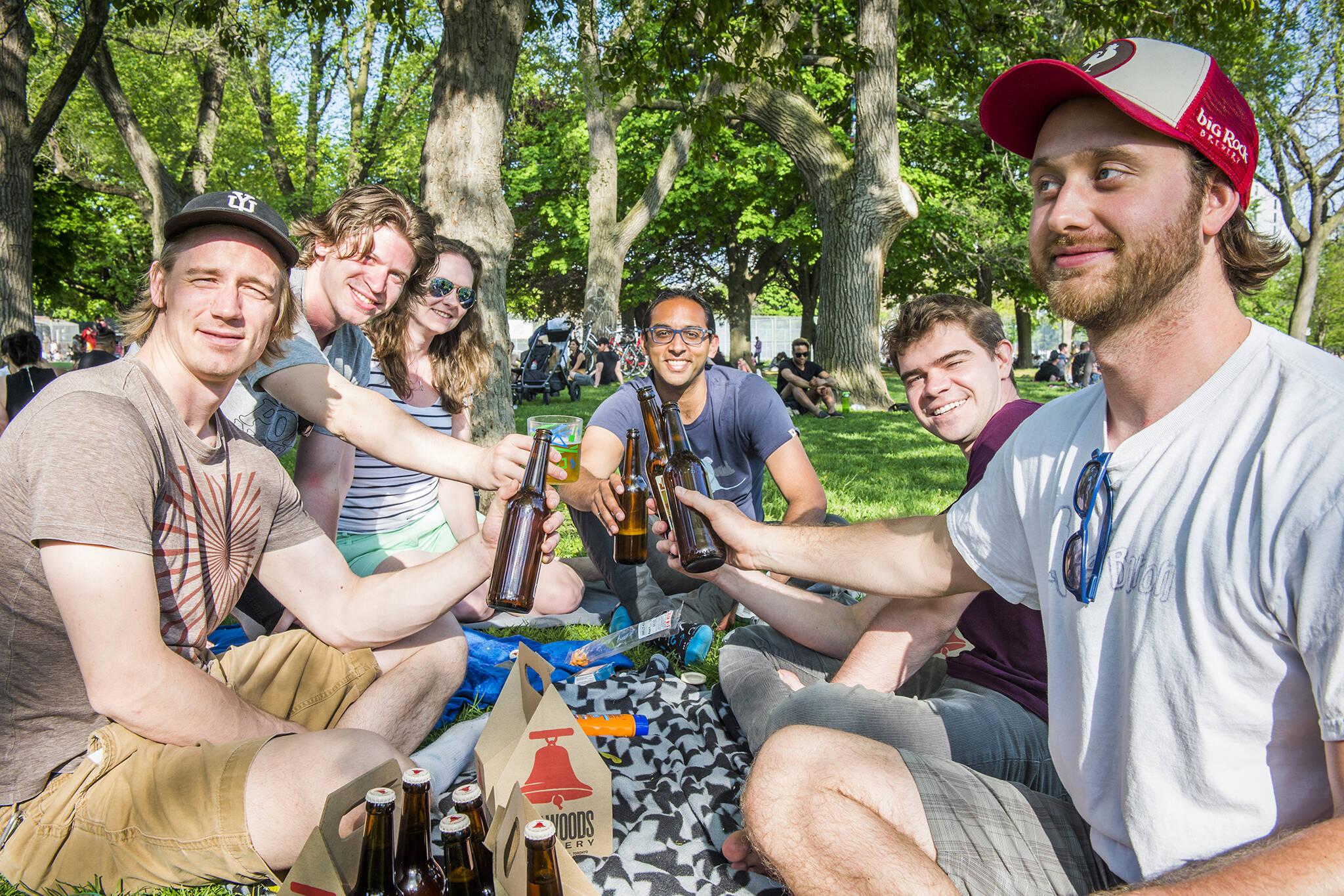 beer toronto parks
