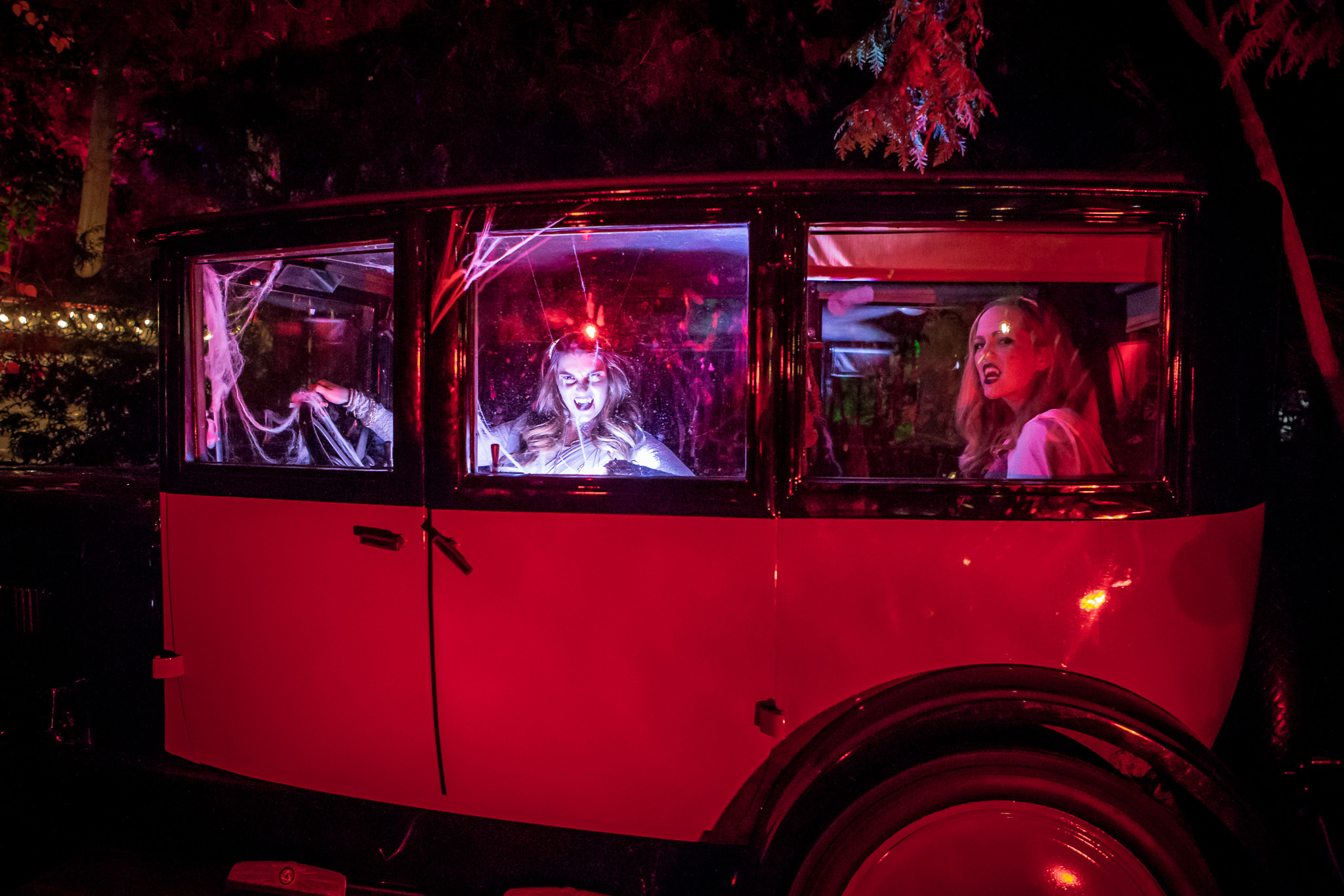 10 haunted halloween attractions in and around toronto