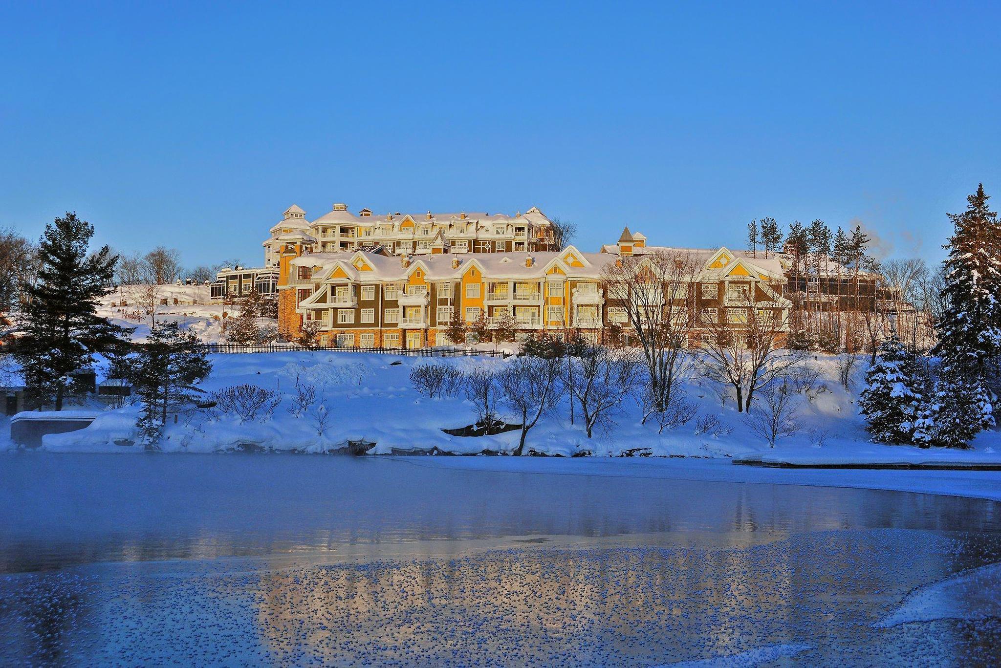 5 winter resorts for a weekend getaway near toronto