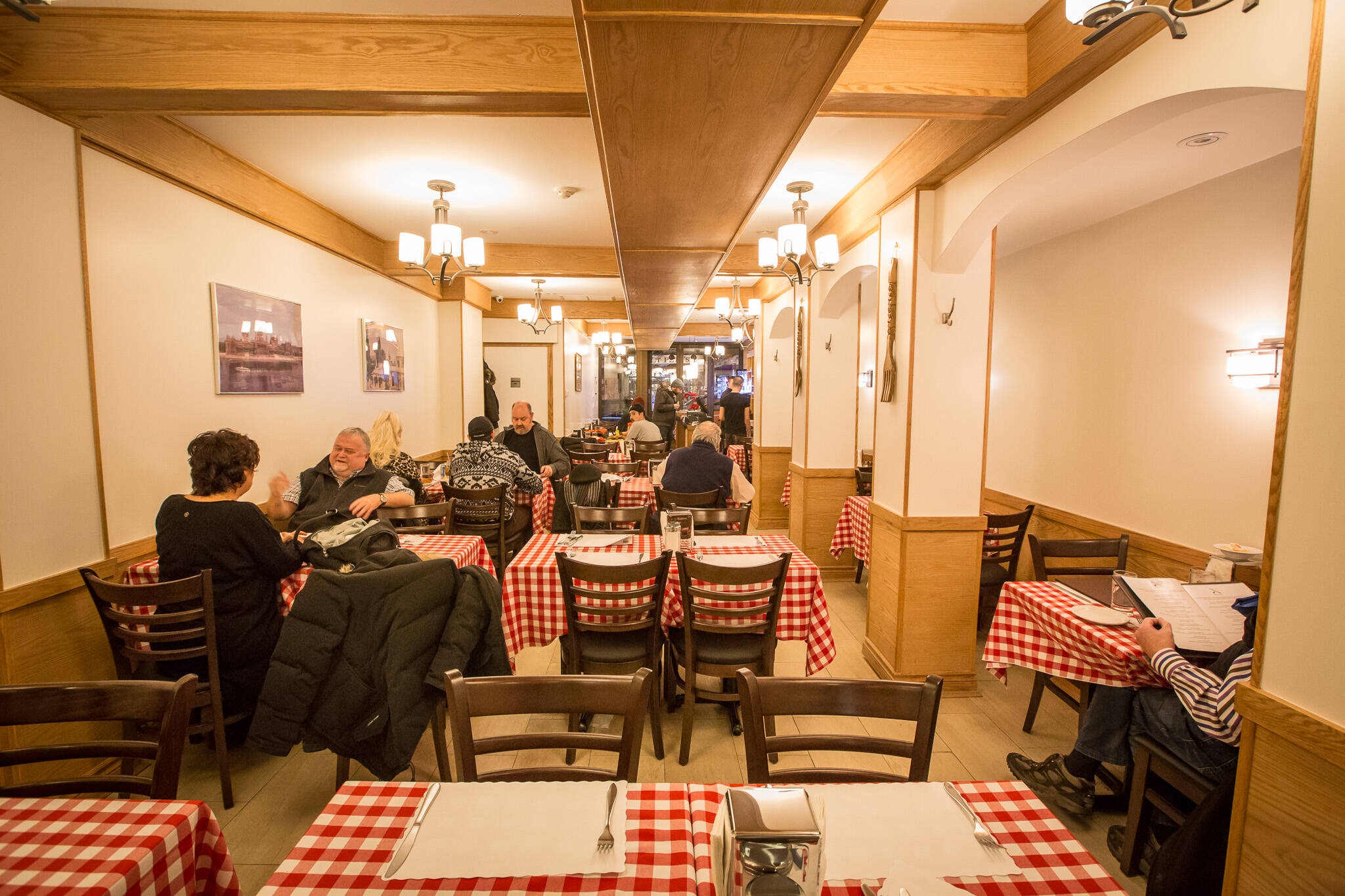 europe toronto restaurants