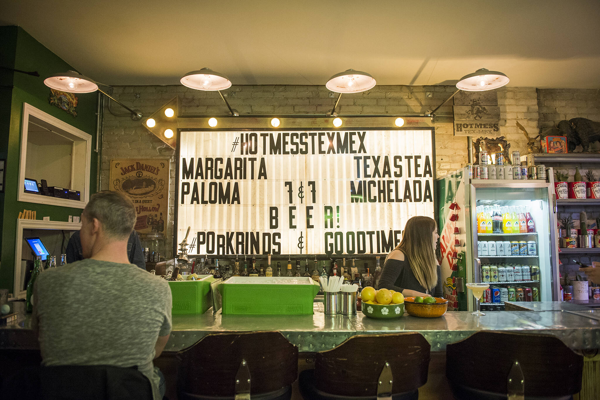 restaurants eat alone toronto