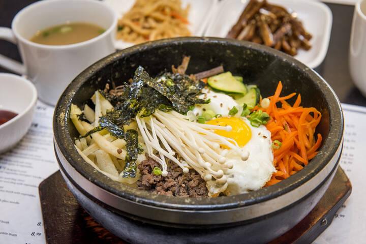 korean village restaurant blogto toronto. Black Bedroom Furniture Sets. Home Design Ideas