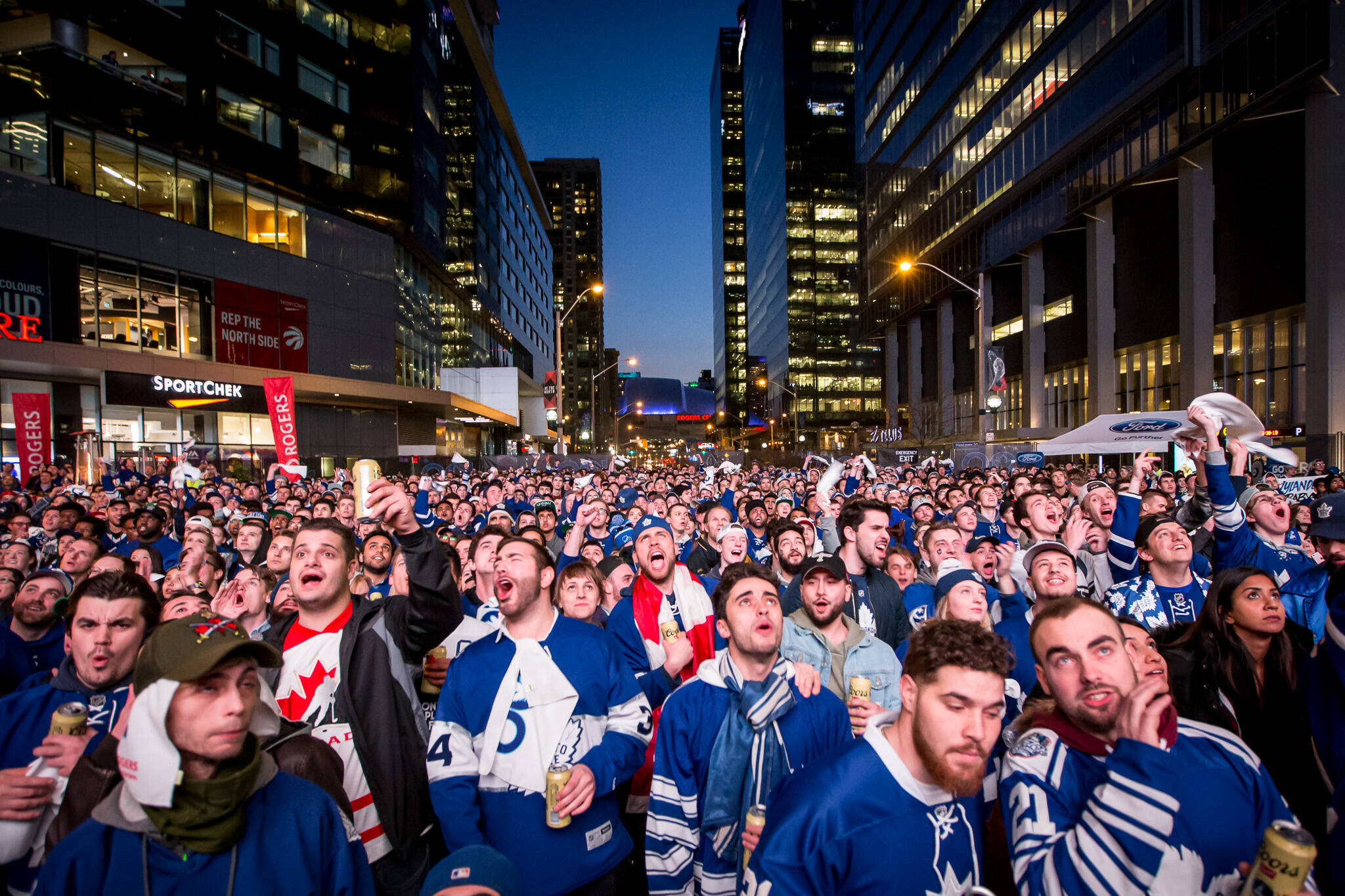 toronto maple leafs tailgate party
