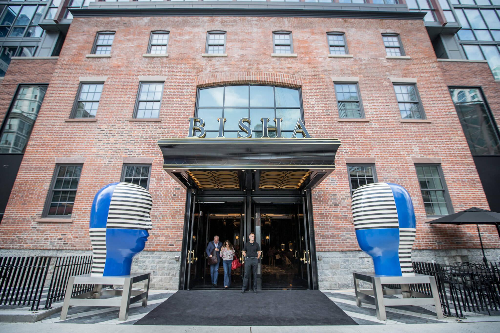 toronto hotels open