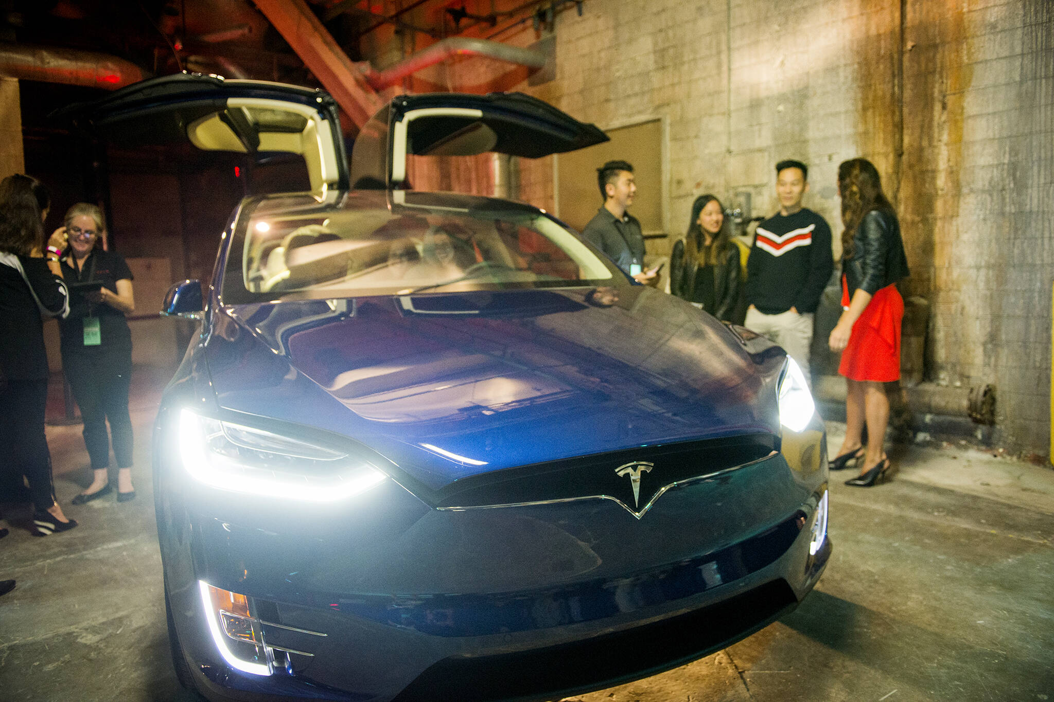 Electric Car Sales Expected To Plummet In Toronto