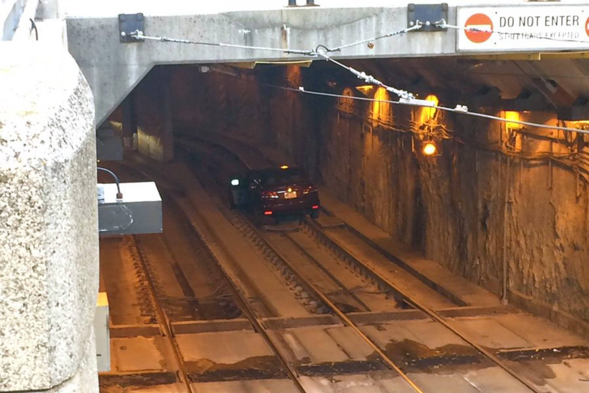 car ttc tunnel