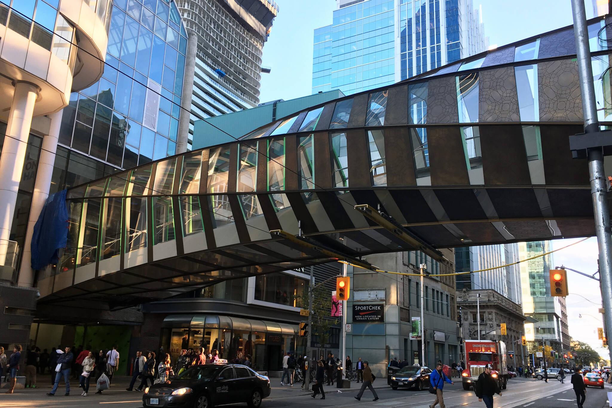 Eaton Centre bridge