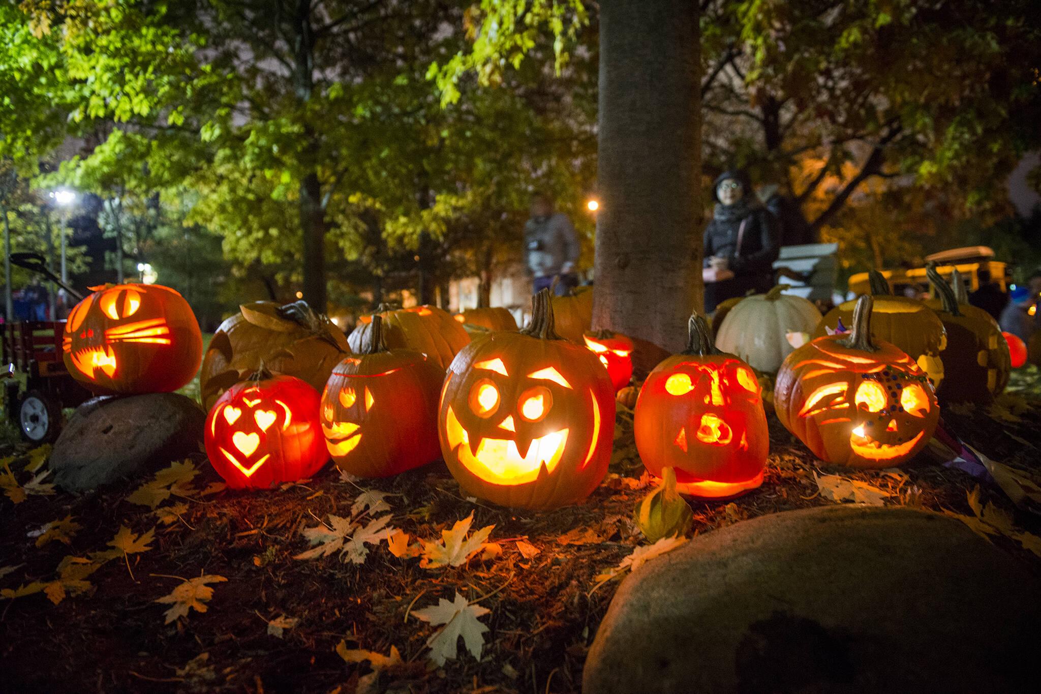 pumpkin parade toronto 2021