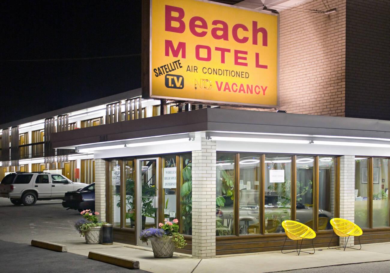 the lost motels of toronto. Black Bedroom Furniture Sets. Home Design Ideas