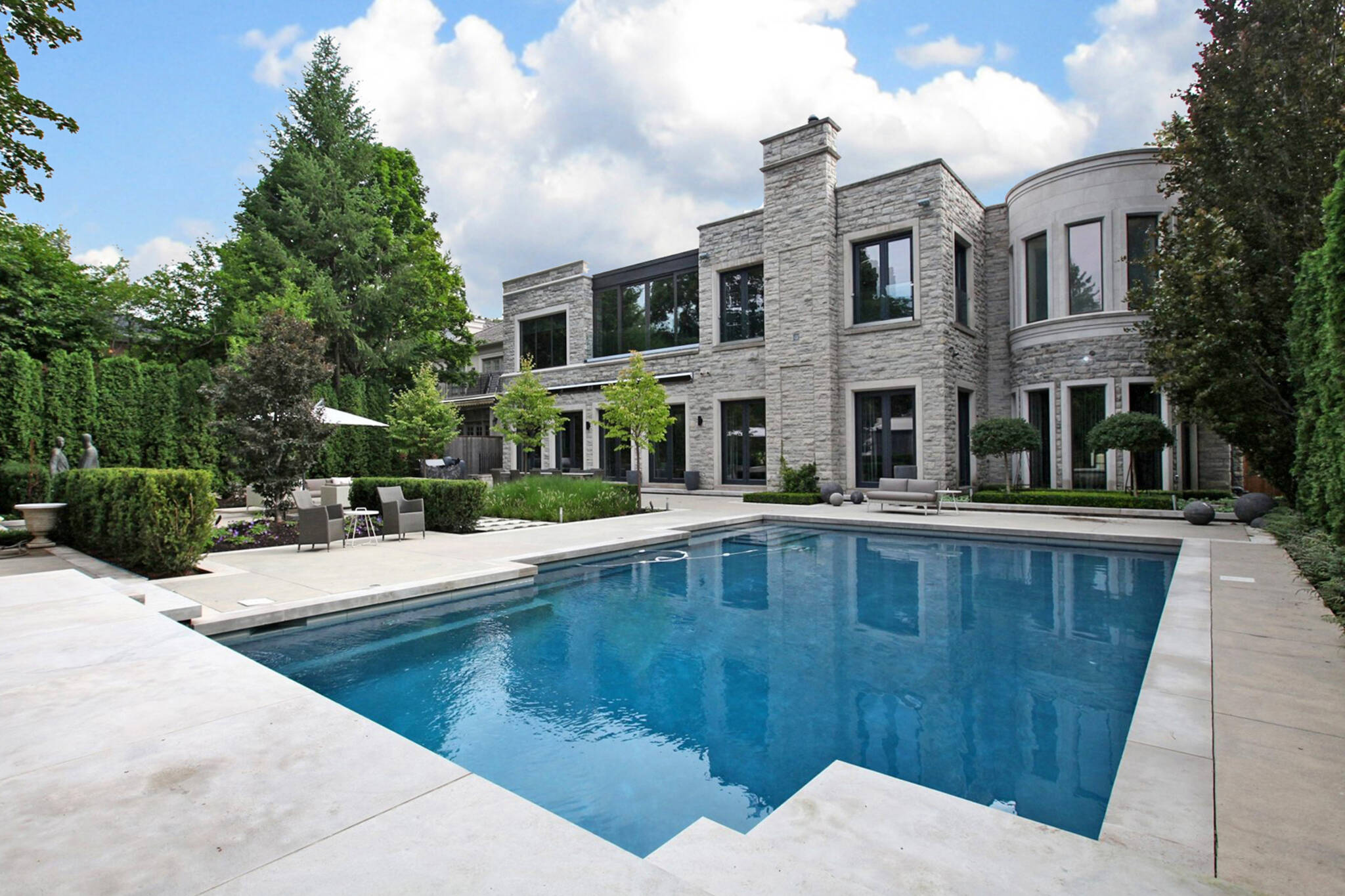 46 forest hill road toronto