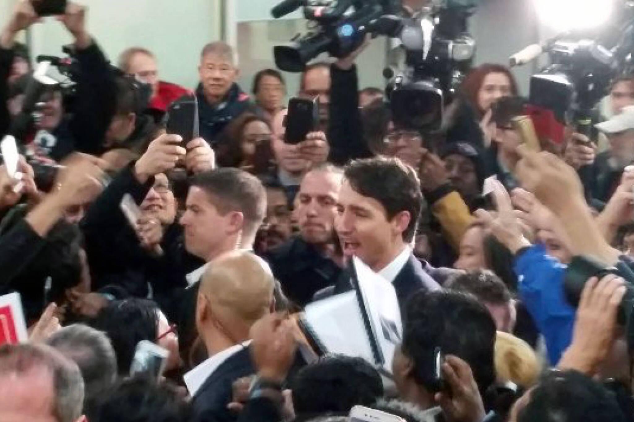 Justin Trudeau bridlewood mall