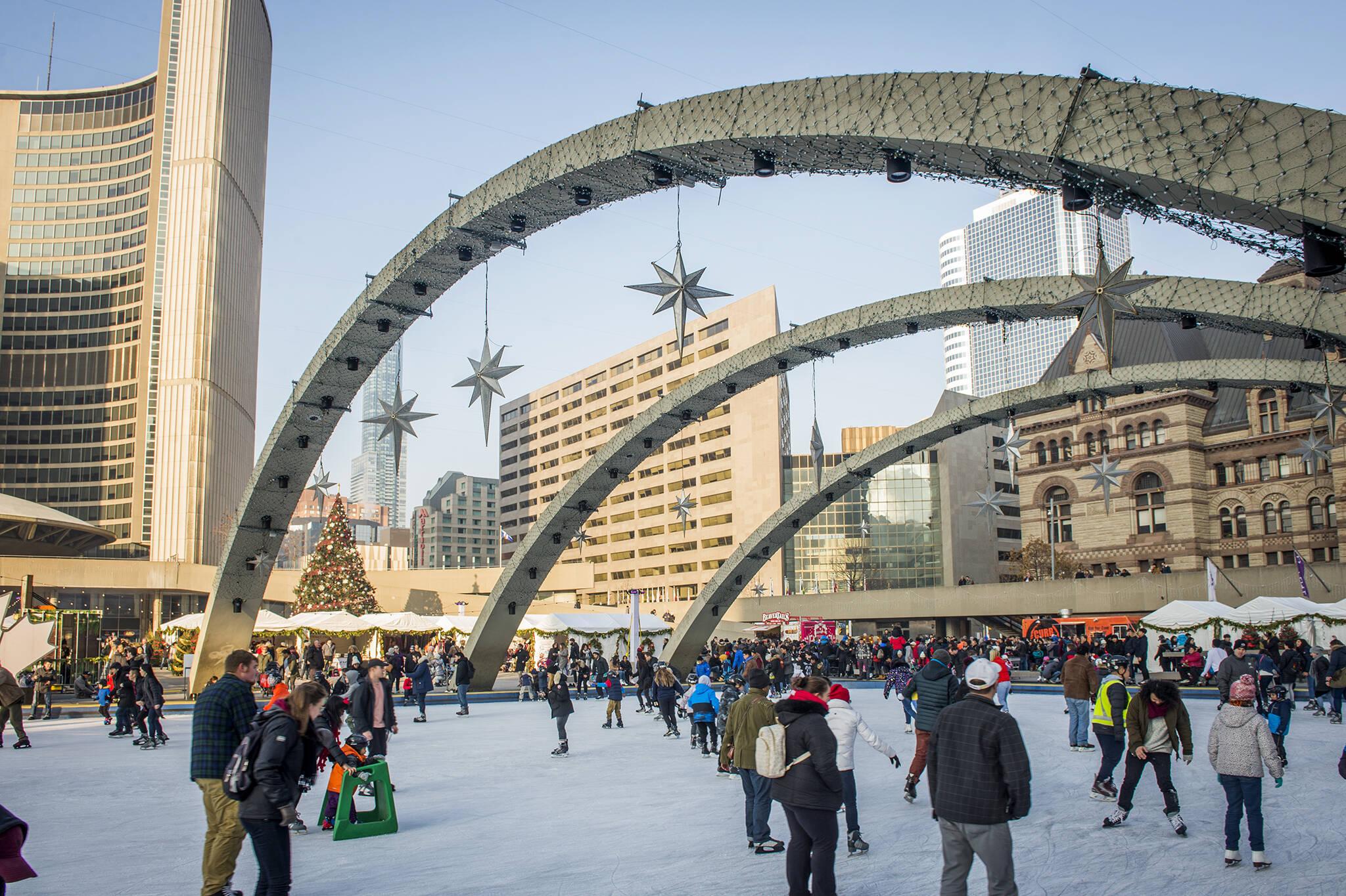 toronto skating rinks