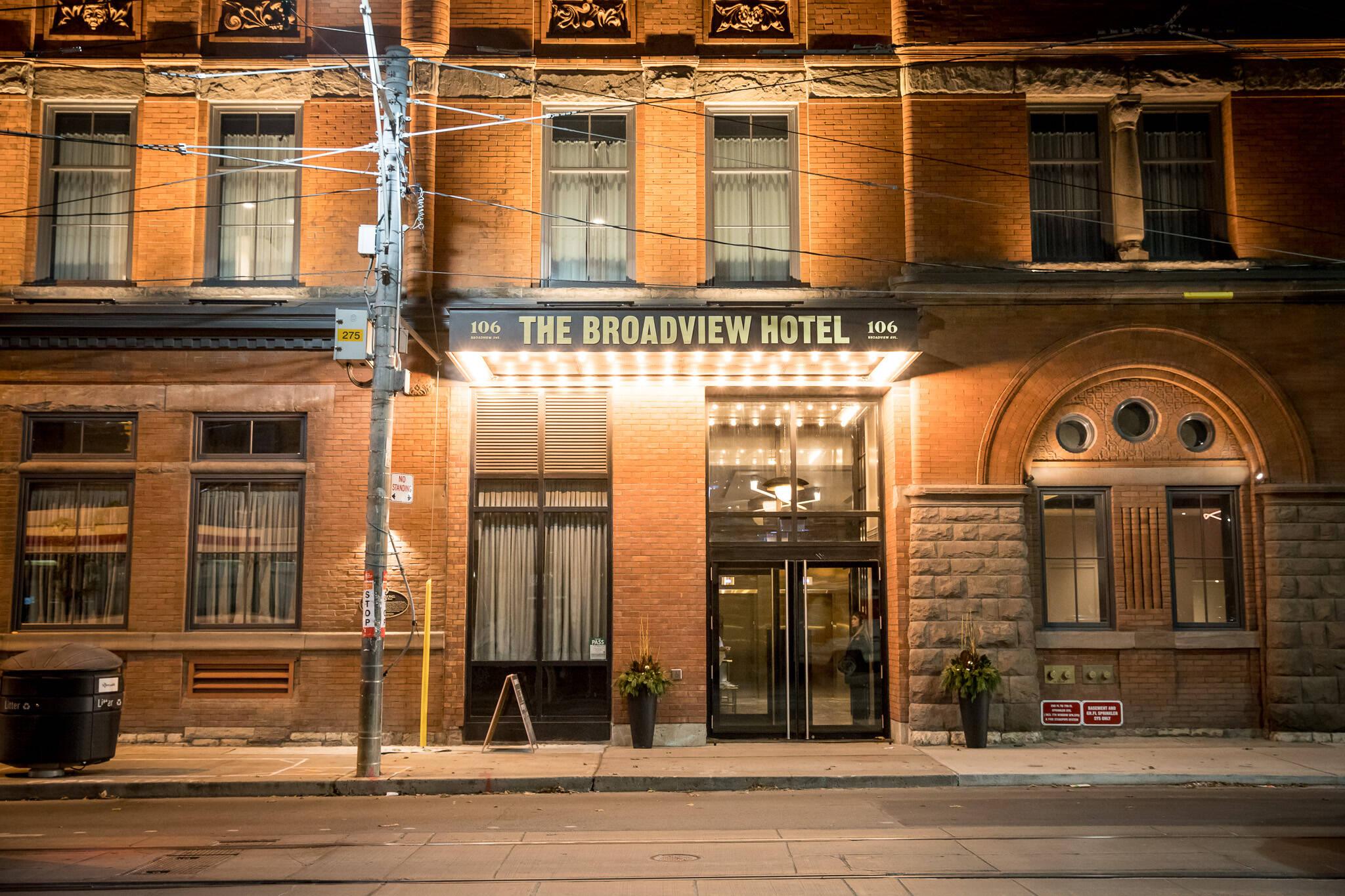 hotel tax toronto